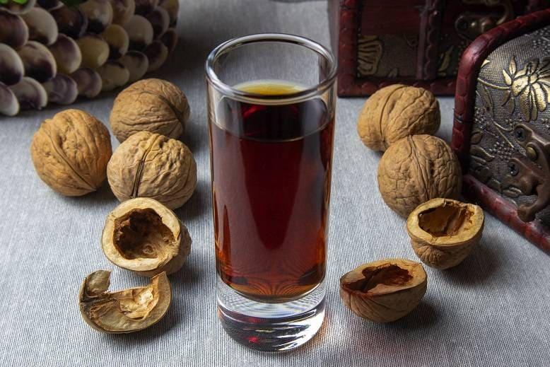чай из скорлупы грецкого ореха
